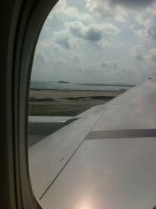 Arrivée aux Maldives en avion