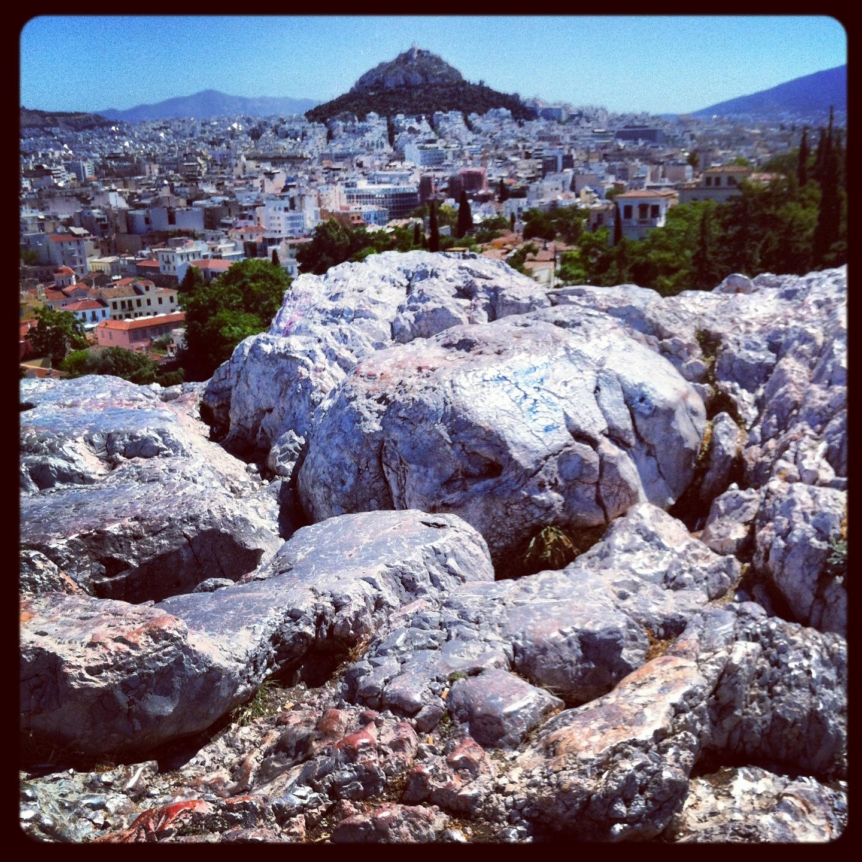 Des pierres polies par le passage des millions de tourristes