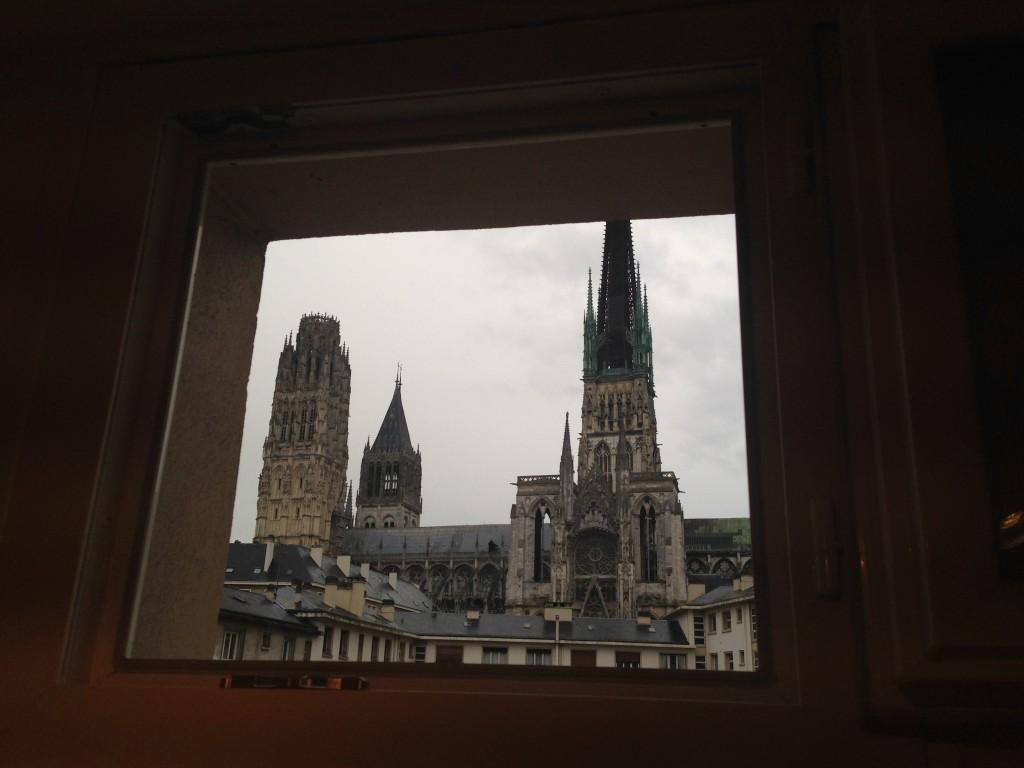 La cathédrale de Rouen encadrée