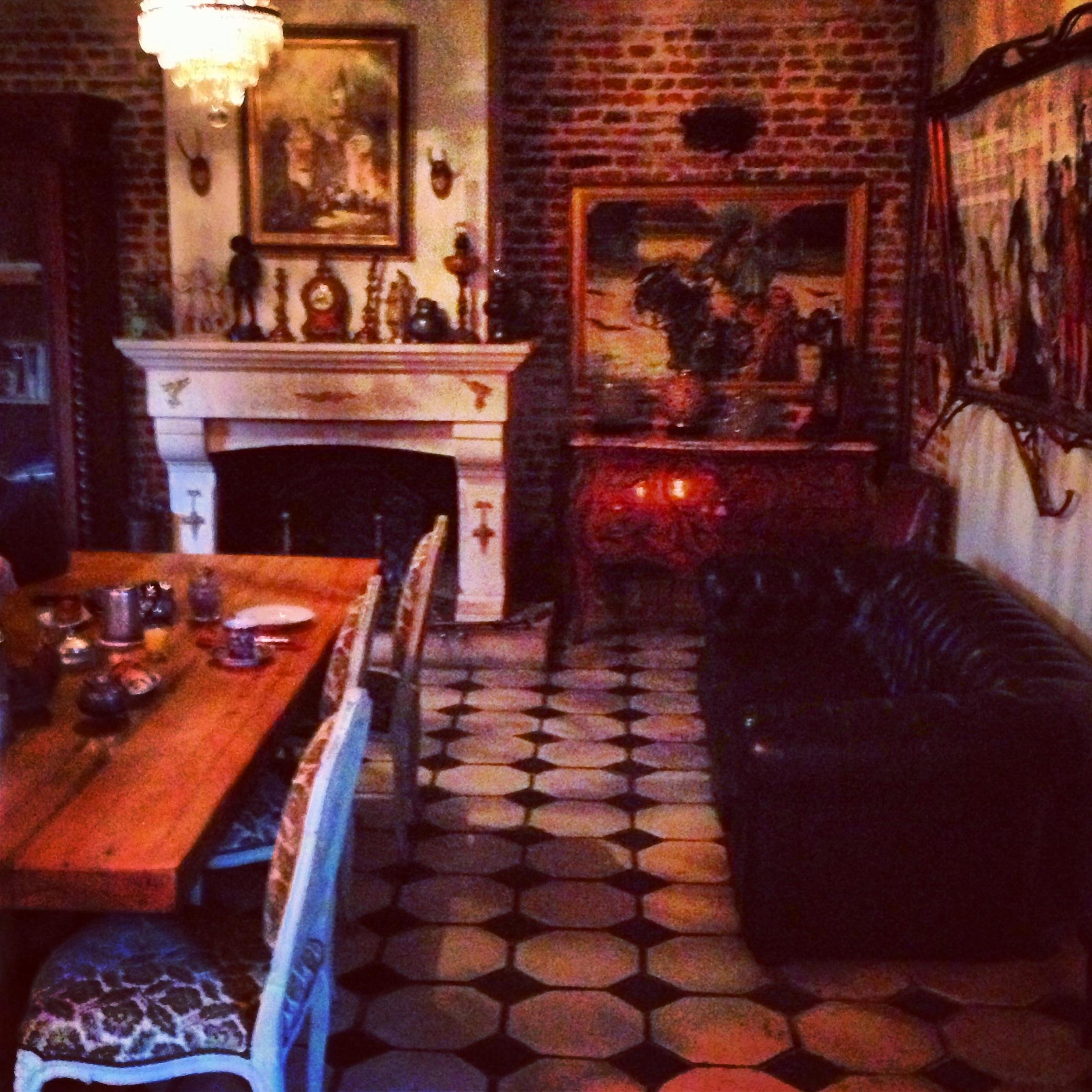 La salle à manger, le temps d'un rêve; chambres d'hôtes