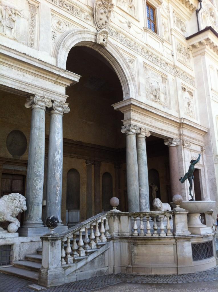 La Villa de Medicis est un palais délicat et exquis