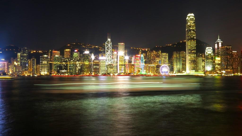 Hong Kong, la nuit. Crédits photos : Bruno Lu