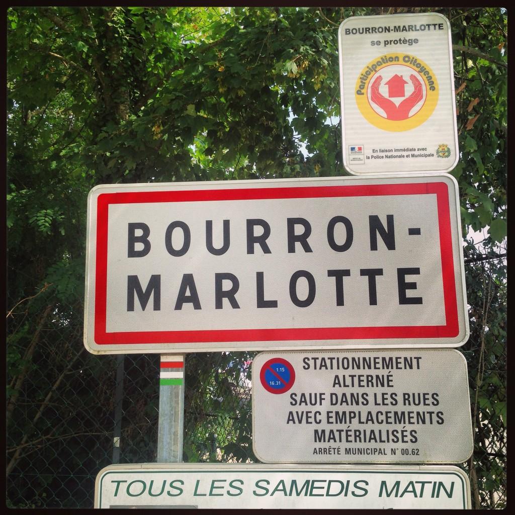 """Bourron-Marlotte """"Sauf dans les rues"""" """"Tous les samedis matins"""""""