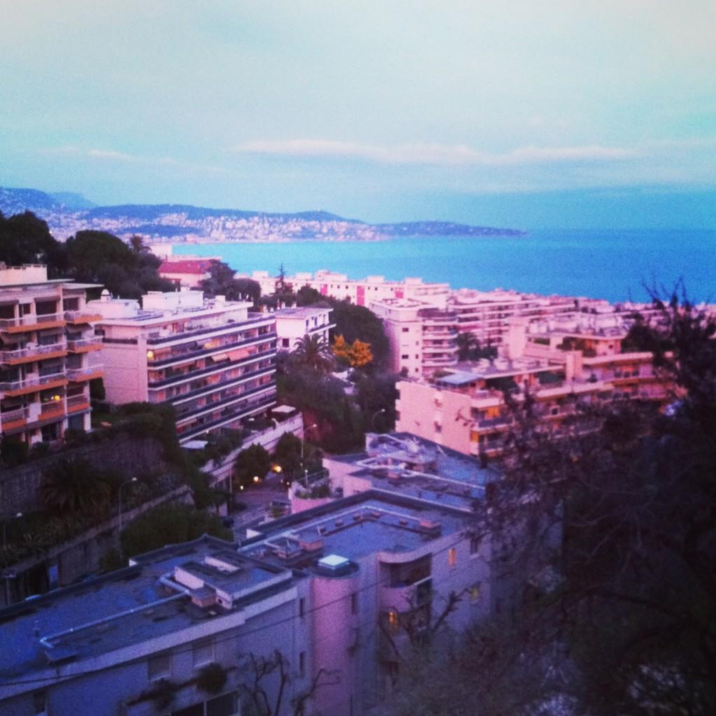 Nice une ville aux couleurs pastels