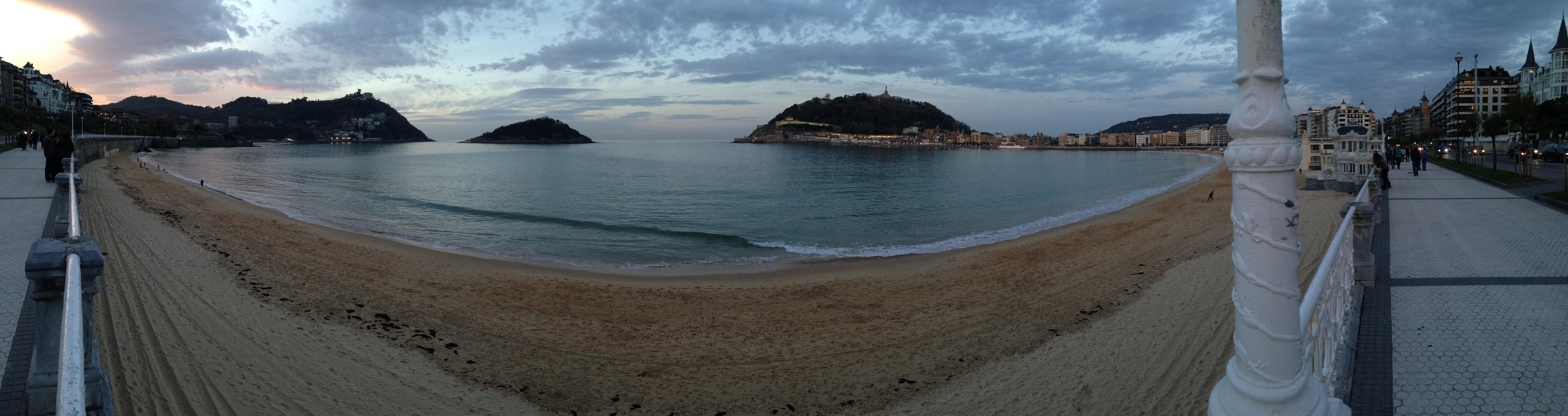 Panorama sur la plage de la Concha, San Sebastian