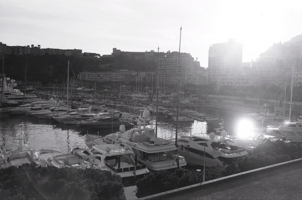 La Marina de Monaco à contre-jour