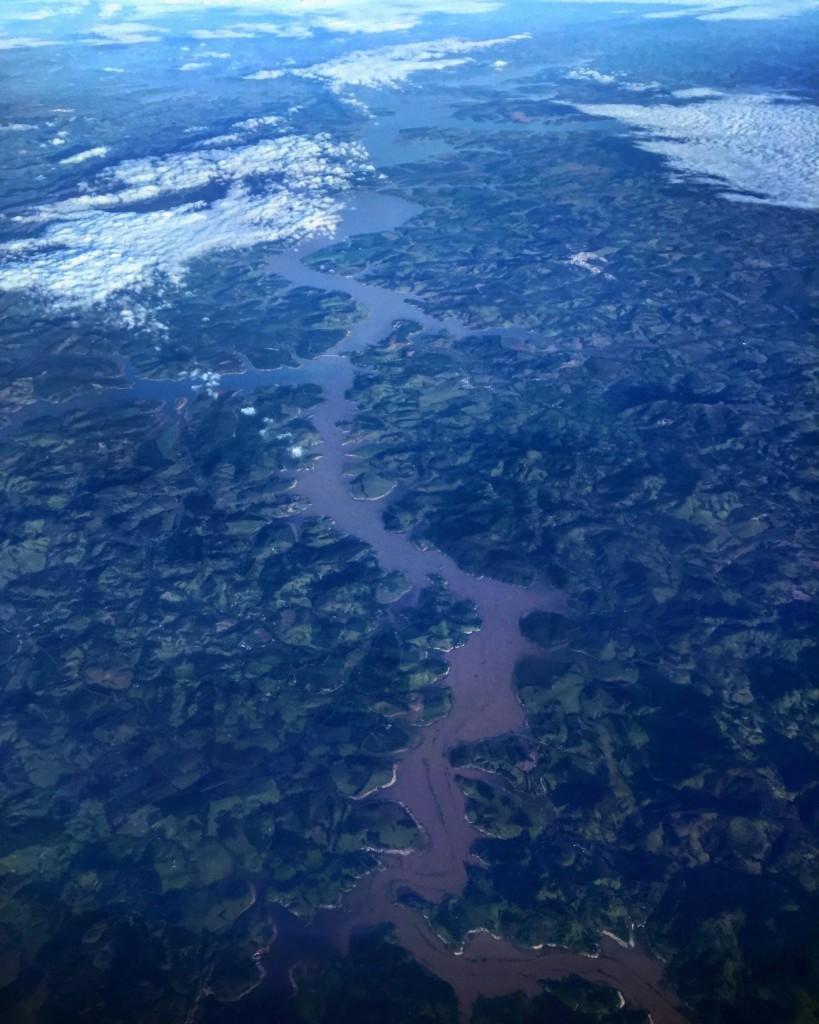 Le fleuve Parana et la forêt amazonienne.