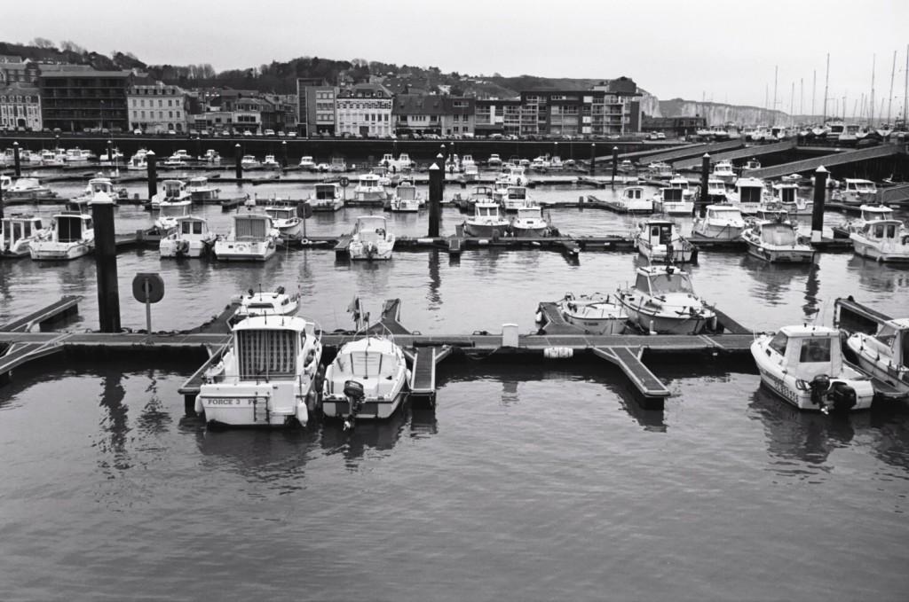 Après l'hiver passé dans le port de Fécamp comment payer la remise en route de son bateau