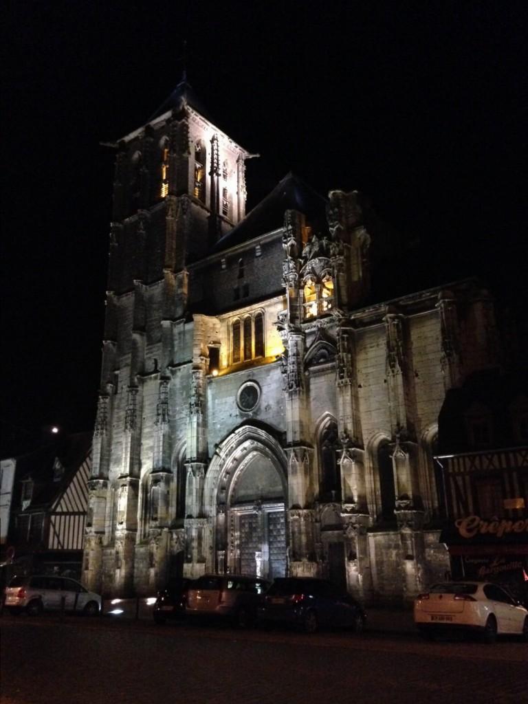 La cathédrale inachevée de Pont-Audemer