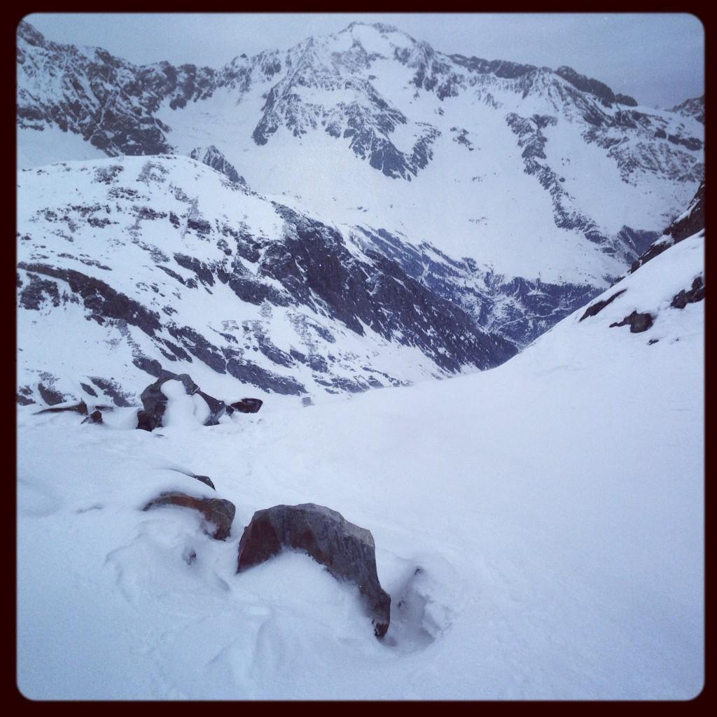 Une tempête de neige à l'approche du Tyrol