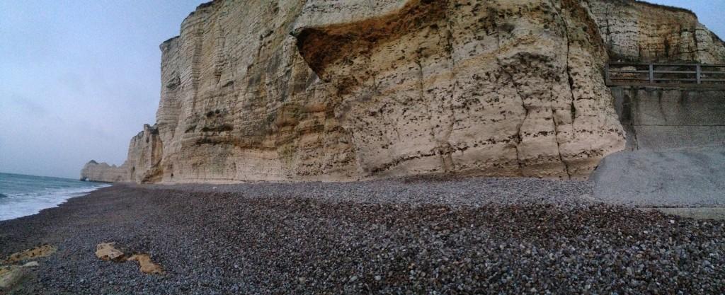 Impressionnante côte d'albâtre à Etretat