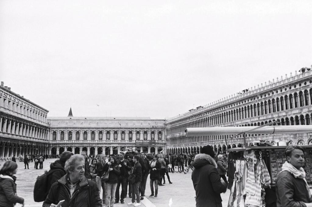 98. La fameuse place Saint-Marc à Venise