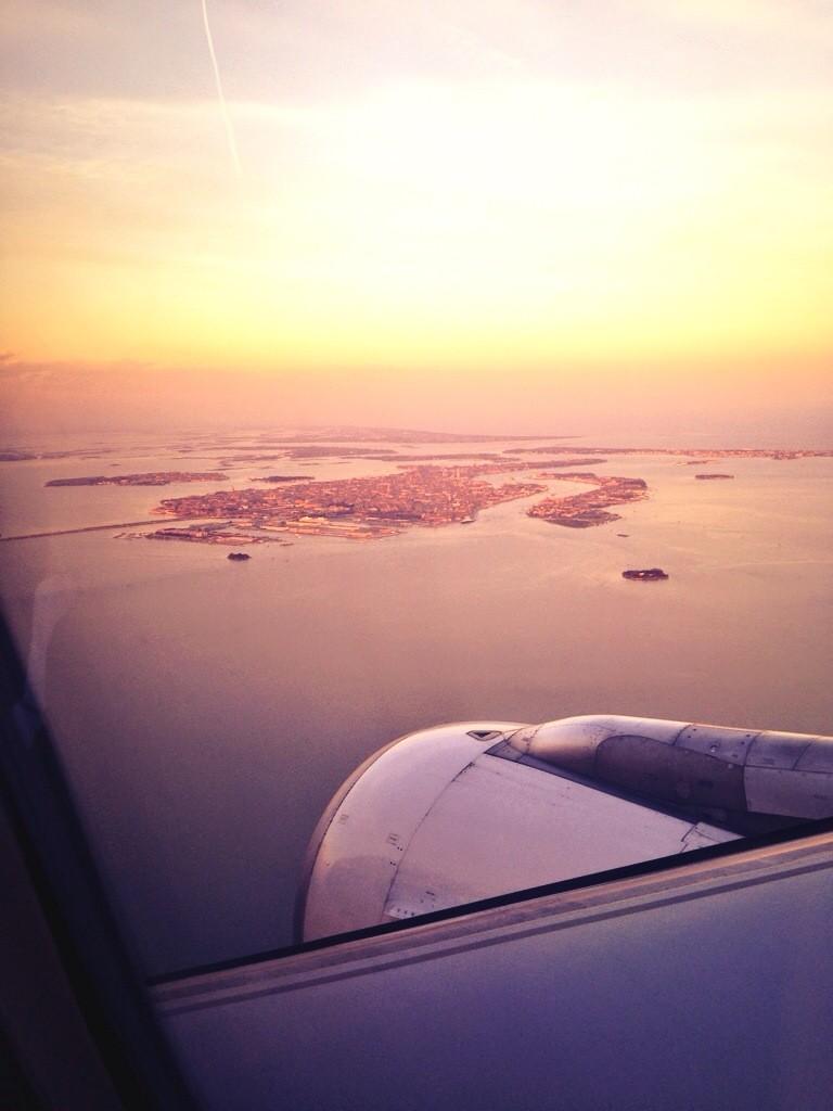 100. L'arrivée sur Venise avec une vue imprenable sur la lagune