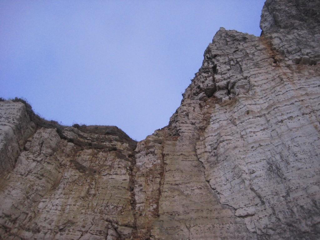 Une falaise vacillante à Etretat