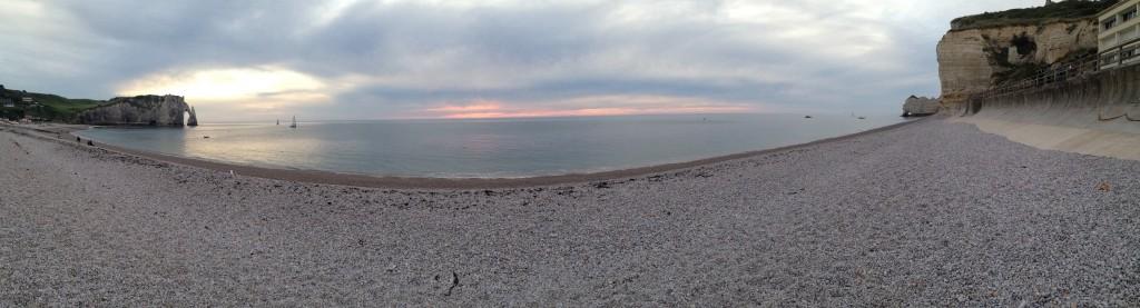 Panorama depuis la plage d'Etretat