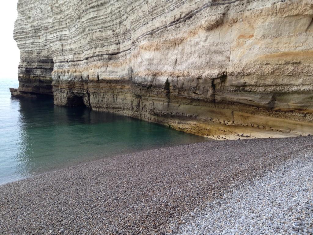 La mer, une plage de galet et les falaises, la recette magique d'Etretat