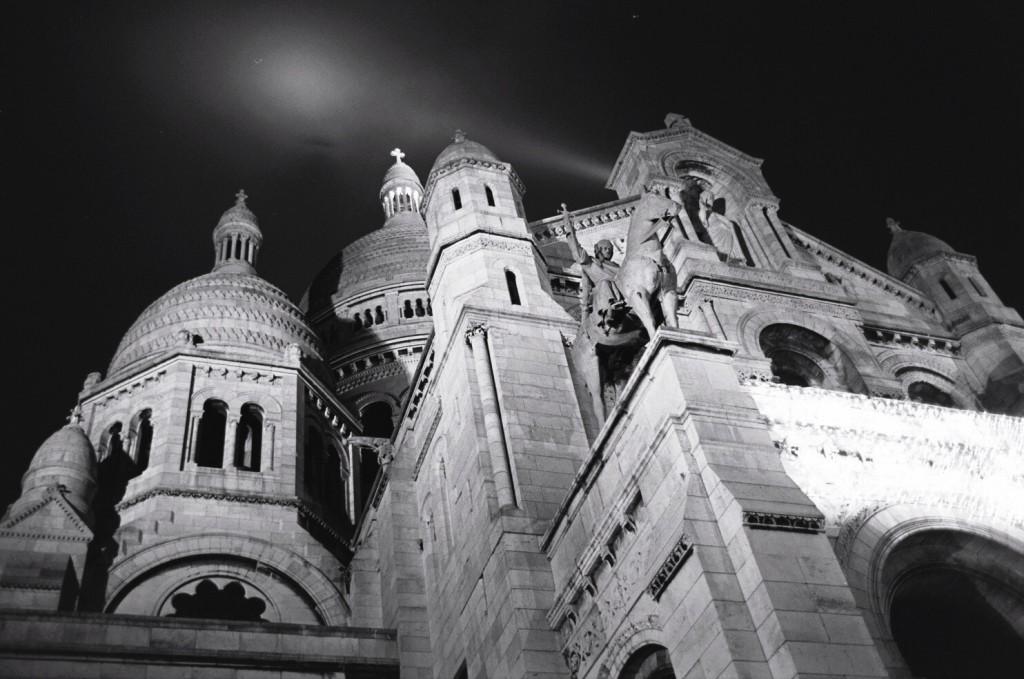 Balade à Montmartre de nuit