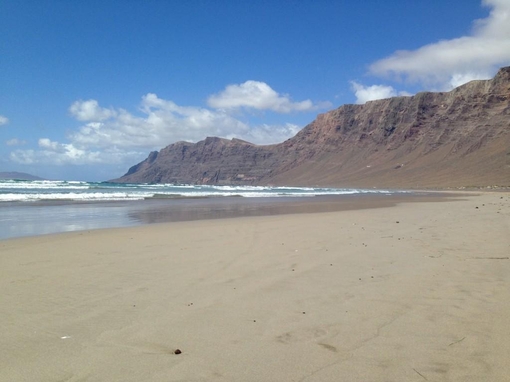 La plage de Caleta de Famara