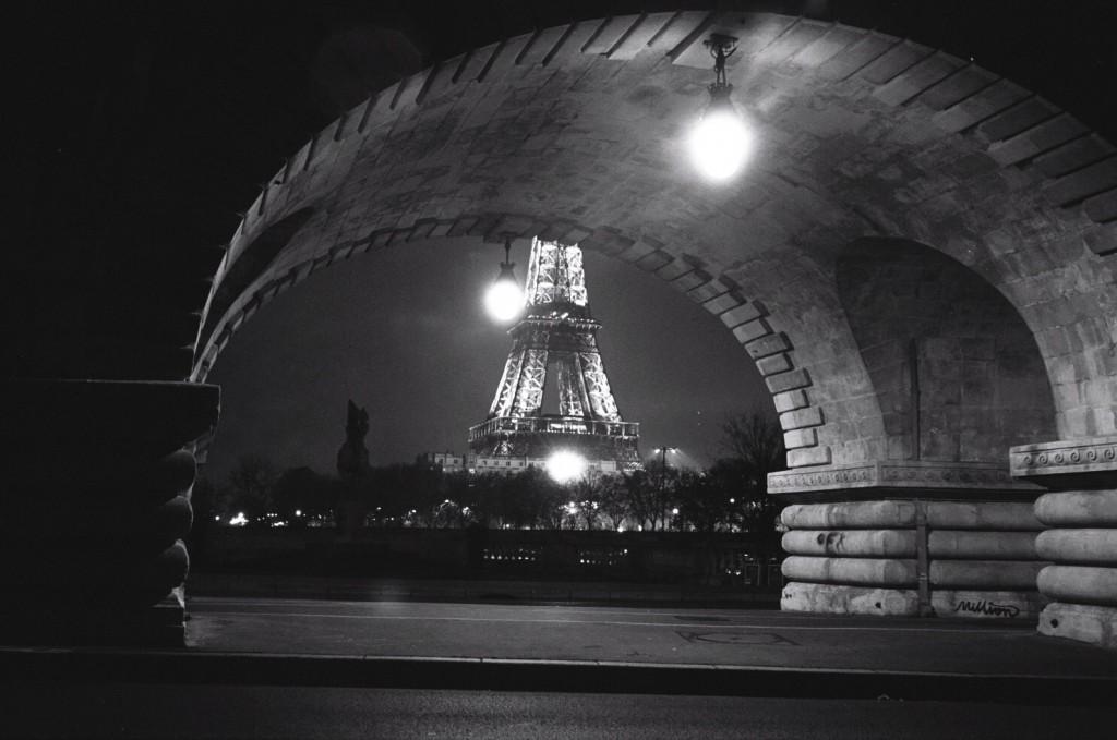 Paris de nuit, c'est une ambiance indescriptible