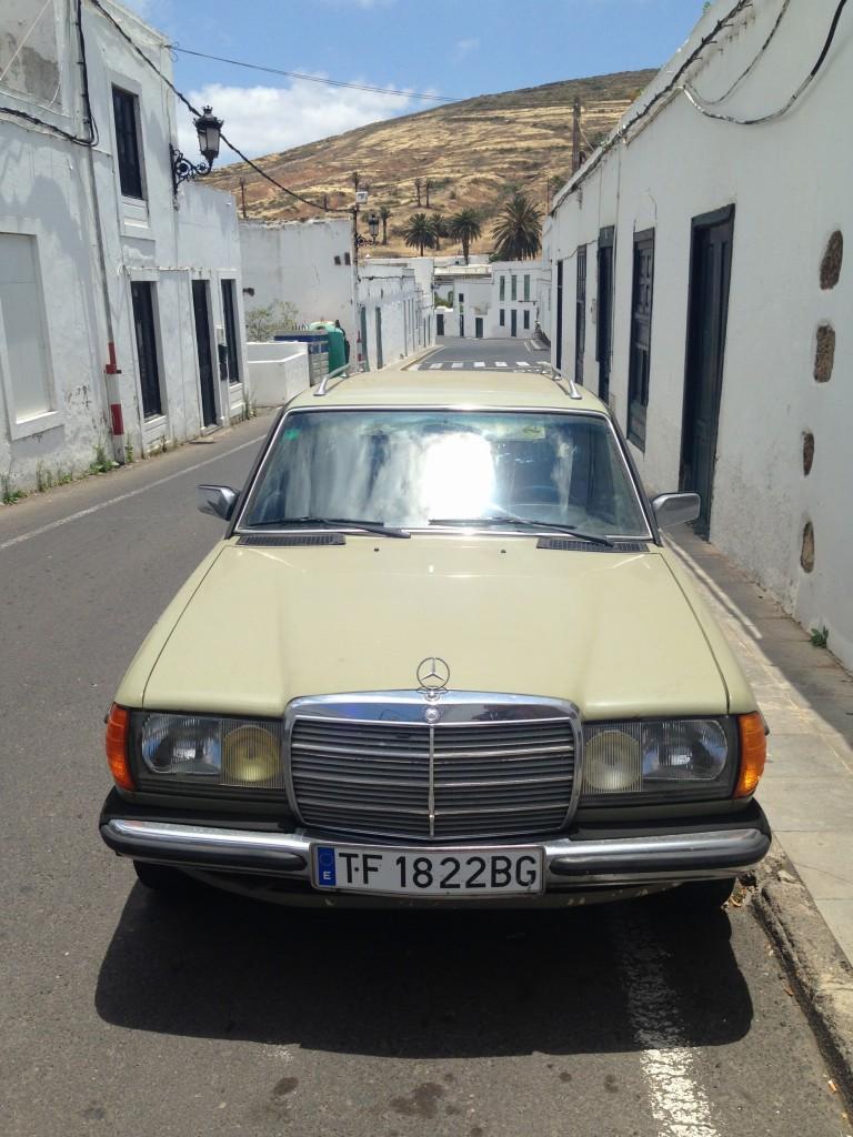 Une Mercedes à San Bartholomé, Lanzarote