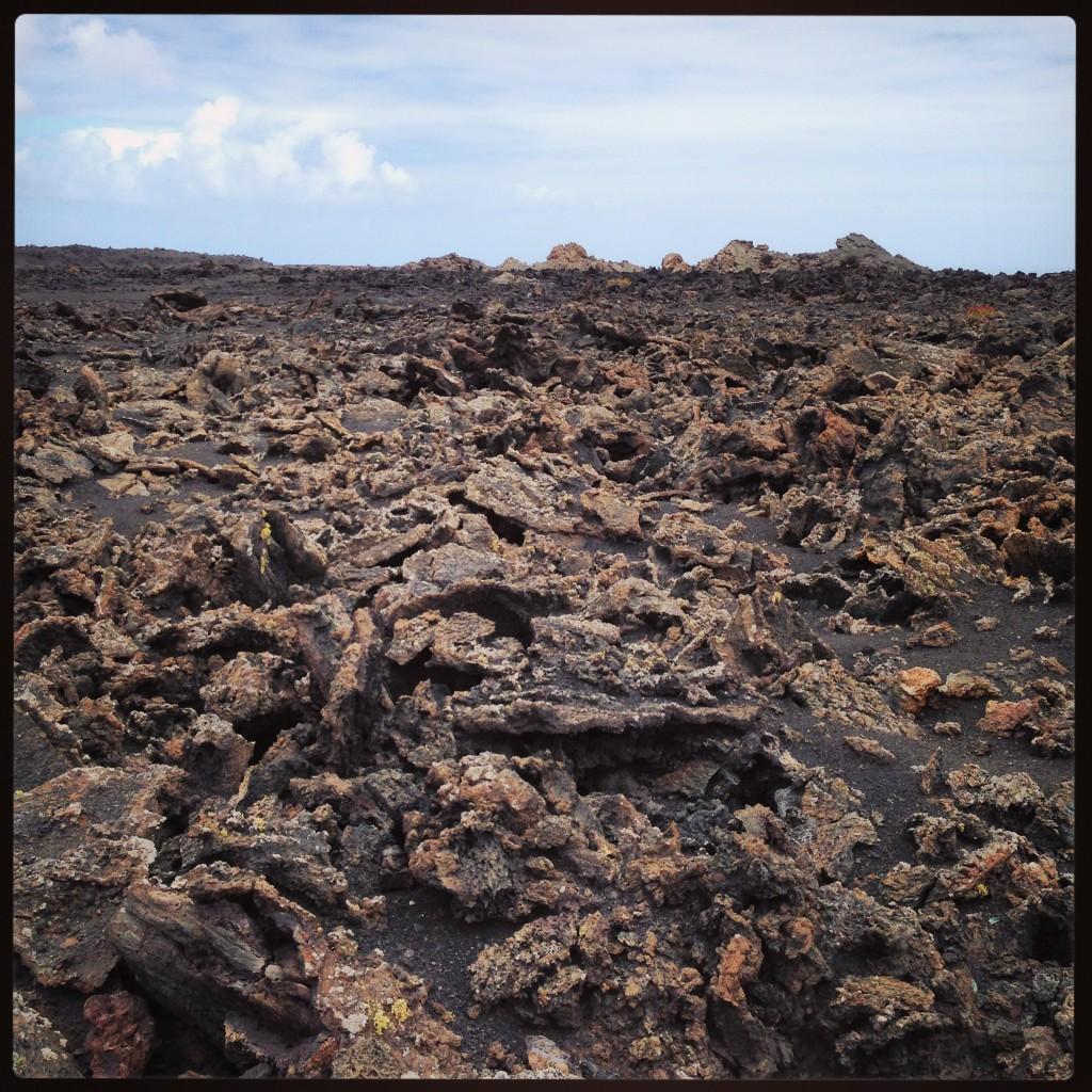 Vue sur un champ de lave au Parc de Timanfaya