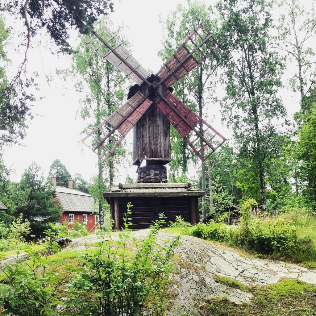 73. Un petit moulin à vent finlandais