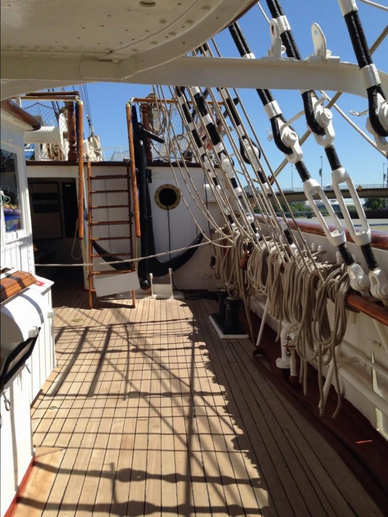 À l'avant du navire se trouve les ateliers du Bosco