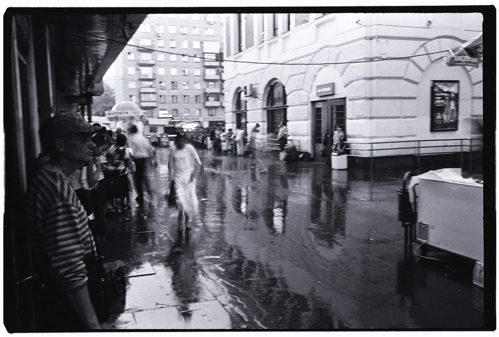 En attendant que la pluie cesse on patiente