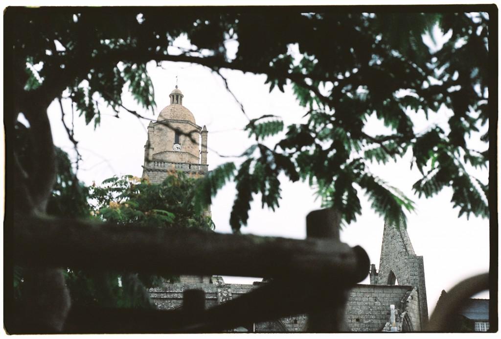 La tour de Batz et la chapelle du mûrier
