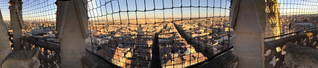 Panorama sur la ville depuis la tour Pey Berland