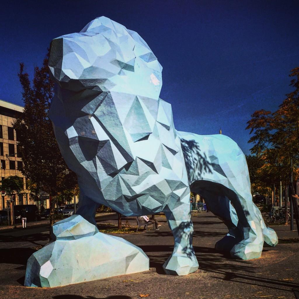 Un Lyon en 3D à Bordeaux, imposant.