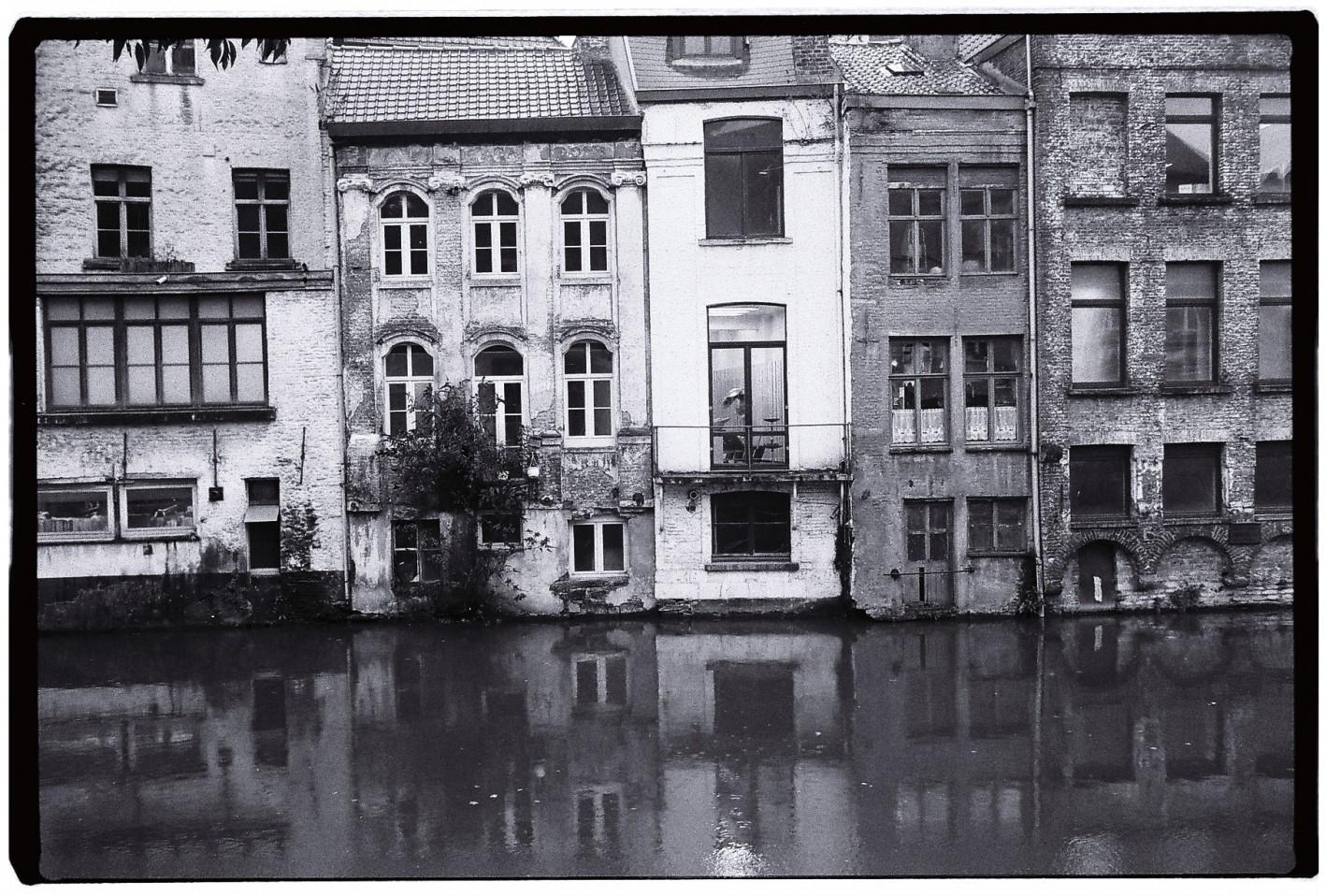 Gand une ville qui semble flotter sur l'eau