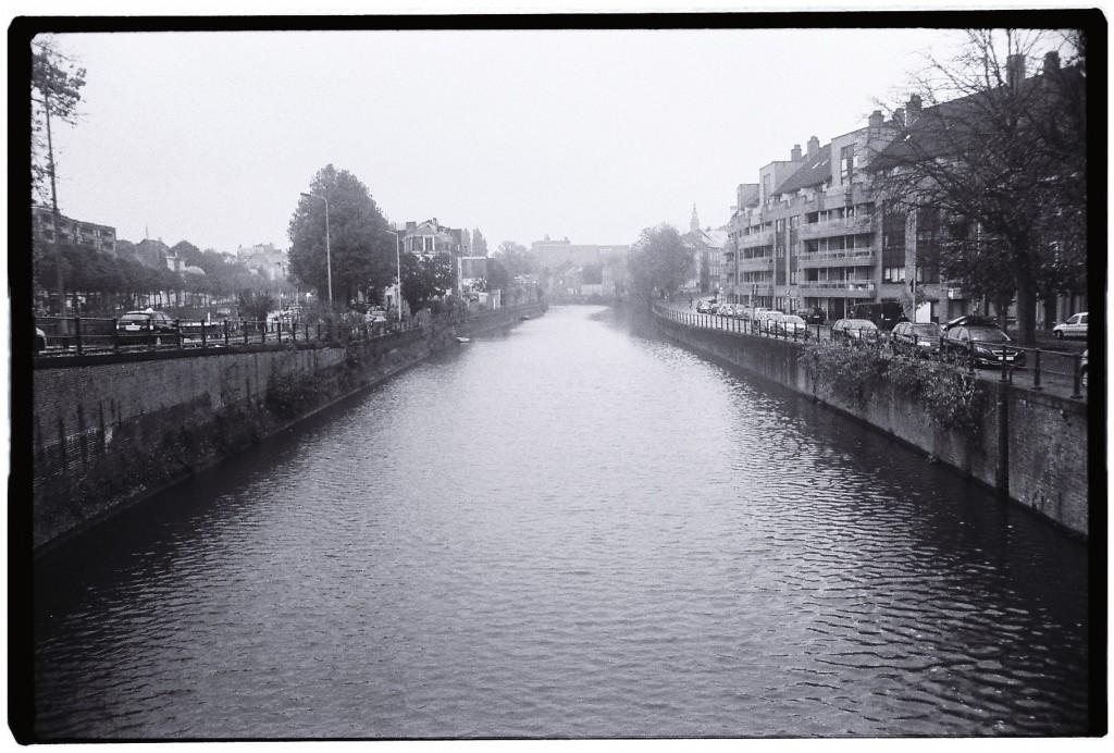 Un des nombreux canaux de la ville de Gand