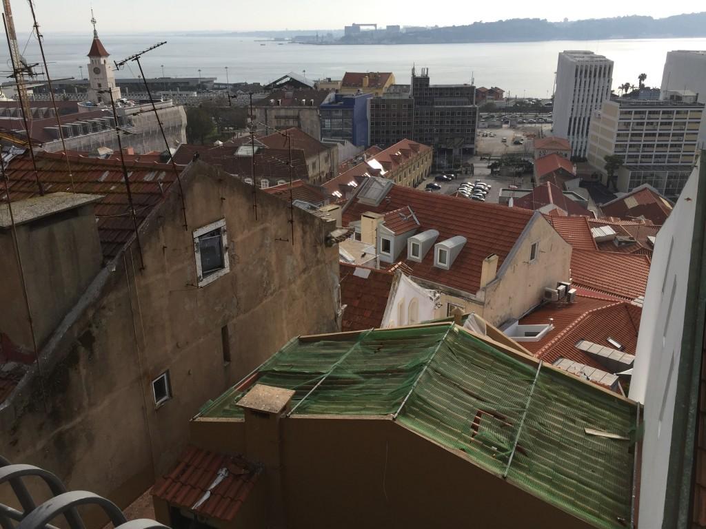 Lisbonne face à la mer