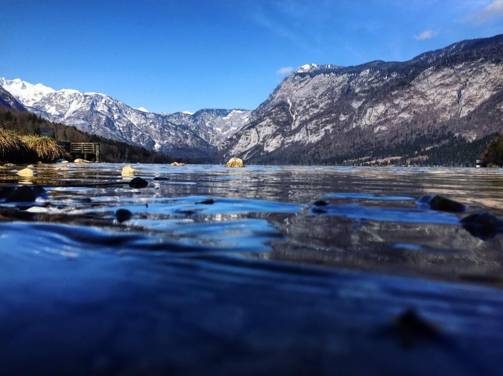 Premiers jours de printemps sur le lac Bohinj.