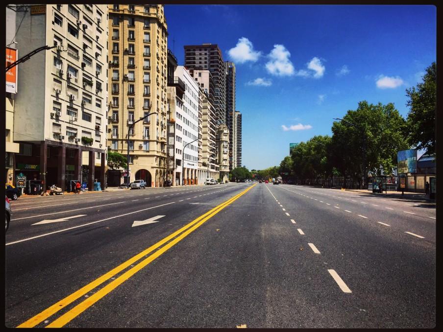 La démesure d'une capitale d'Amérique du Sud, Buenos Aires en été