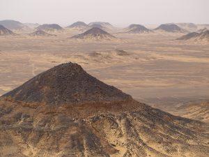 Baharya en Egypte, le désert noir