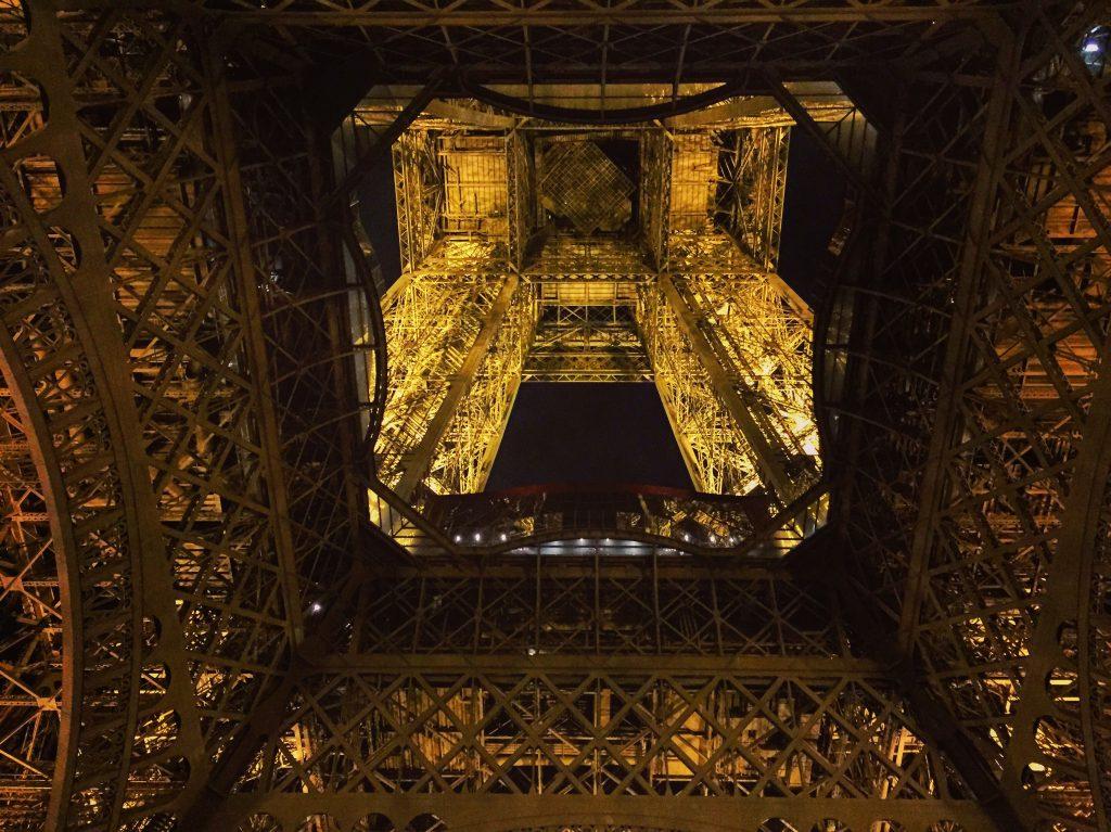 Les dessous de la Tour Eiffel