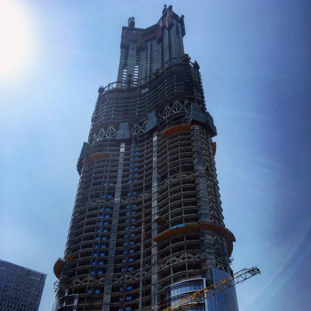 La troisième plus haute tour du monde est en construction.