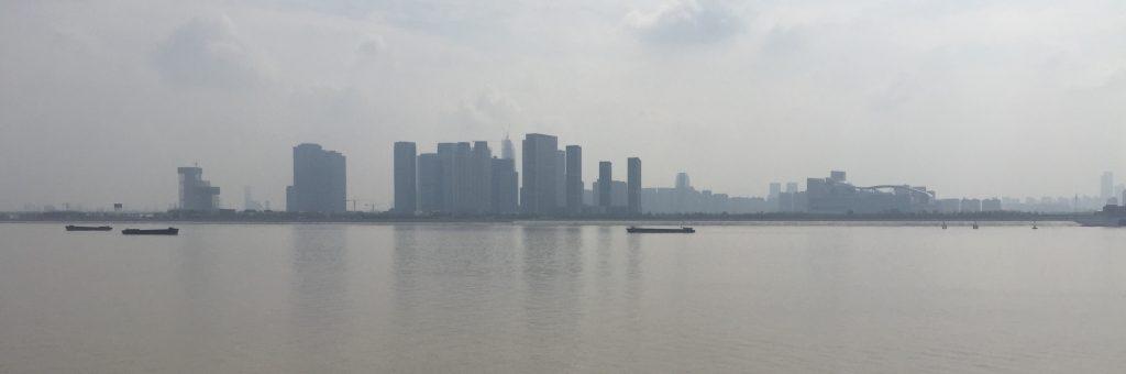 Hangzhou, sur les bords du fleuve