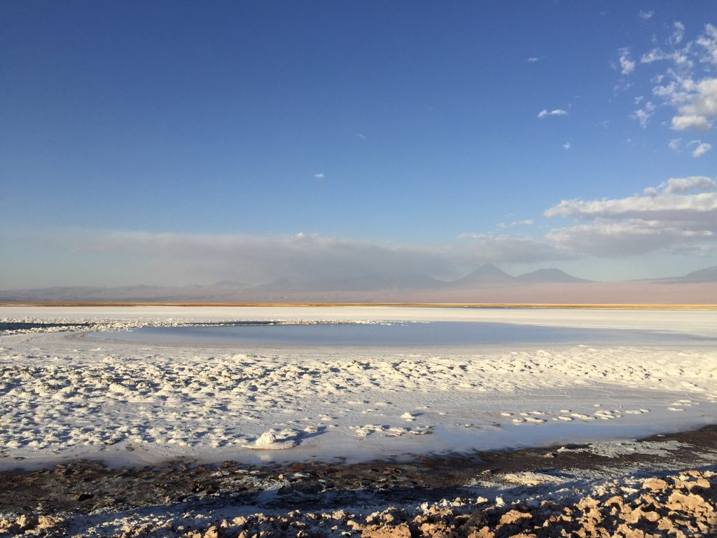 La laguna Tebinquiche, désert d'Atacama, dans le nord du Chili
