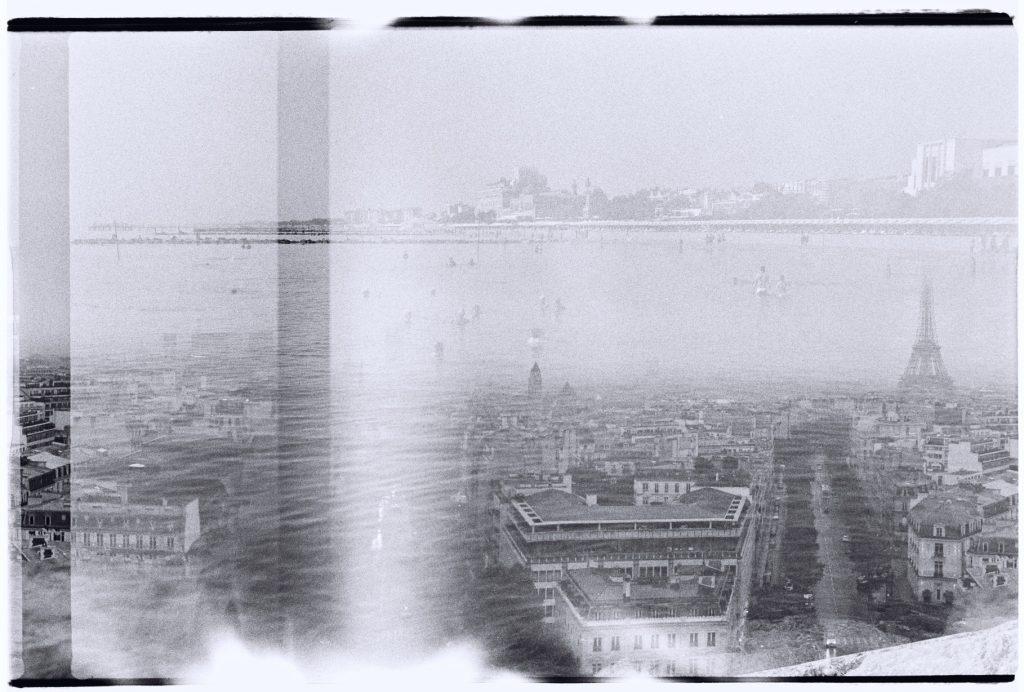 Paris et les plages de Venise se superposent