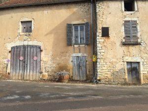Une maison au détours d'un petit village de la Côte d'Or