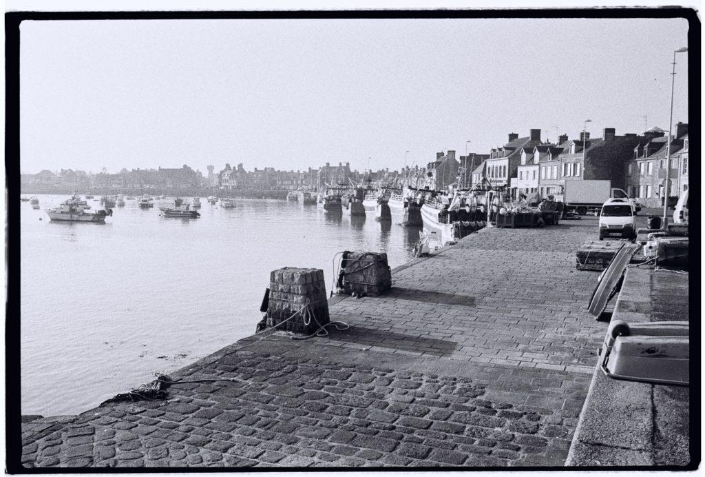 Le joli port de Barfleur perdu dans le nord du Cotentin