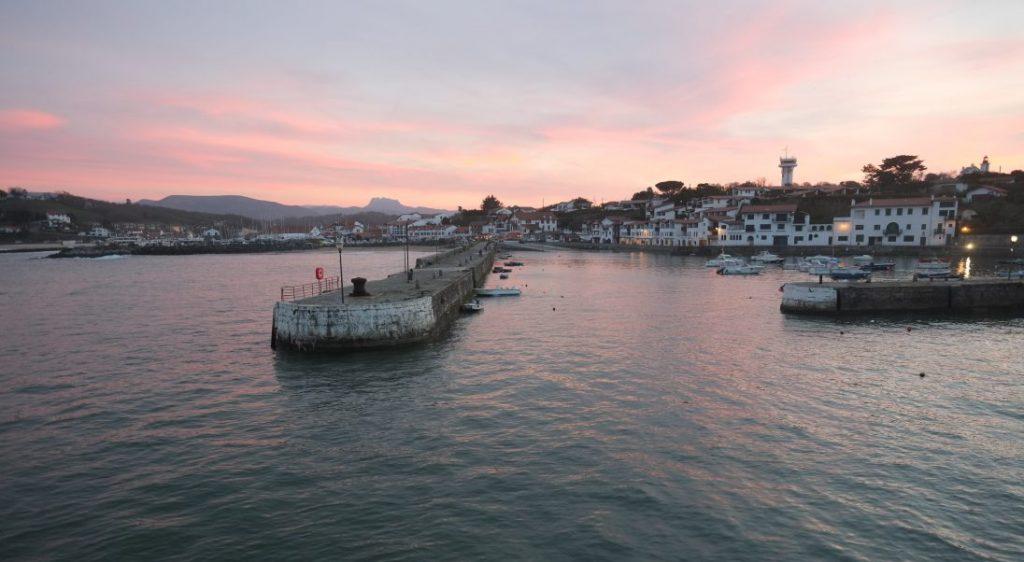 L'incroyable port de Socoa dans le pays basque