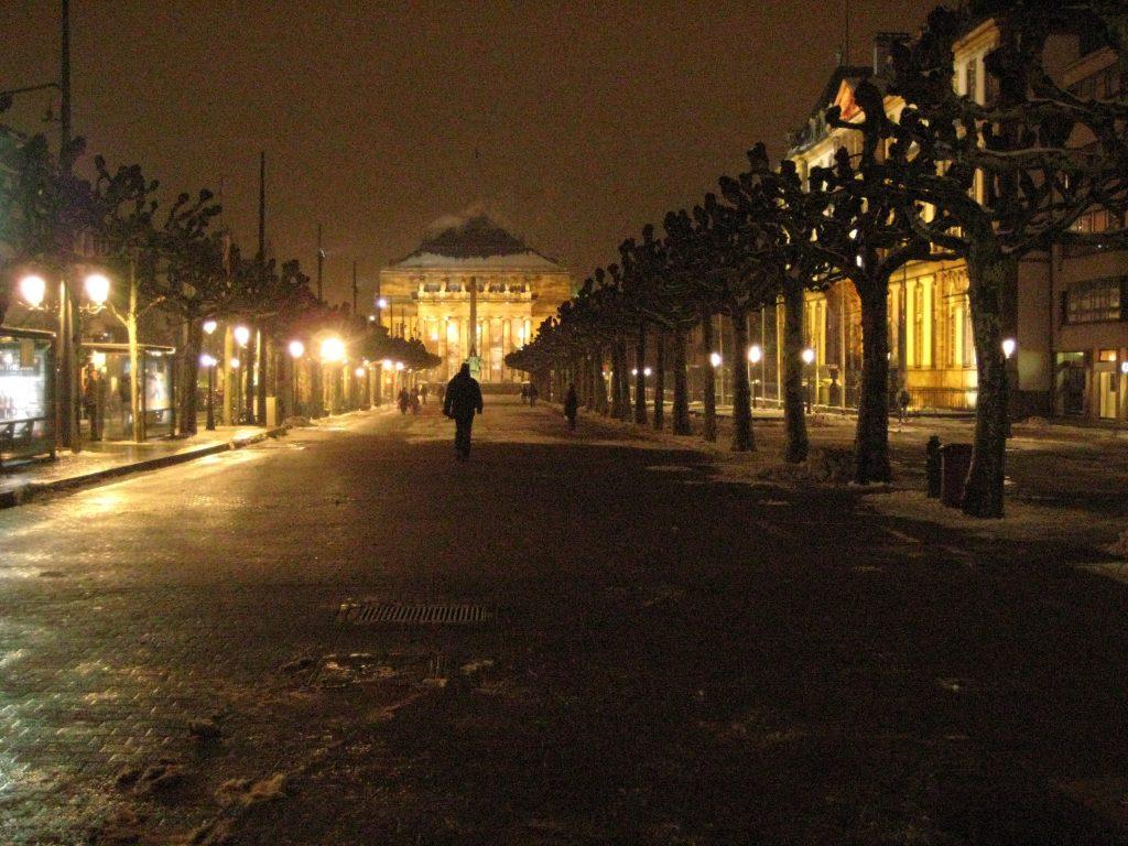 Strasbourg la nuit en décembre 2010