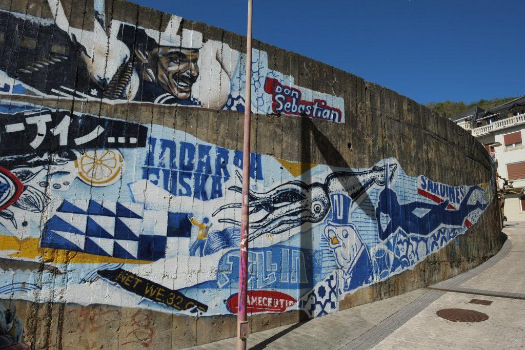 Street art dans les rues populaires de la ville