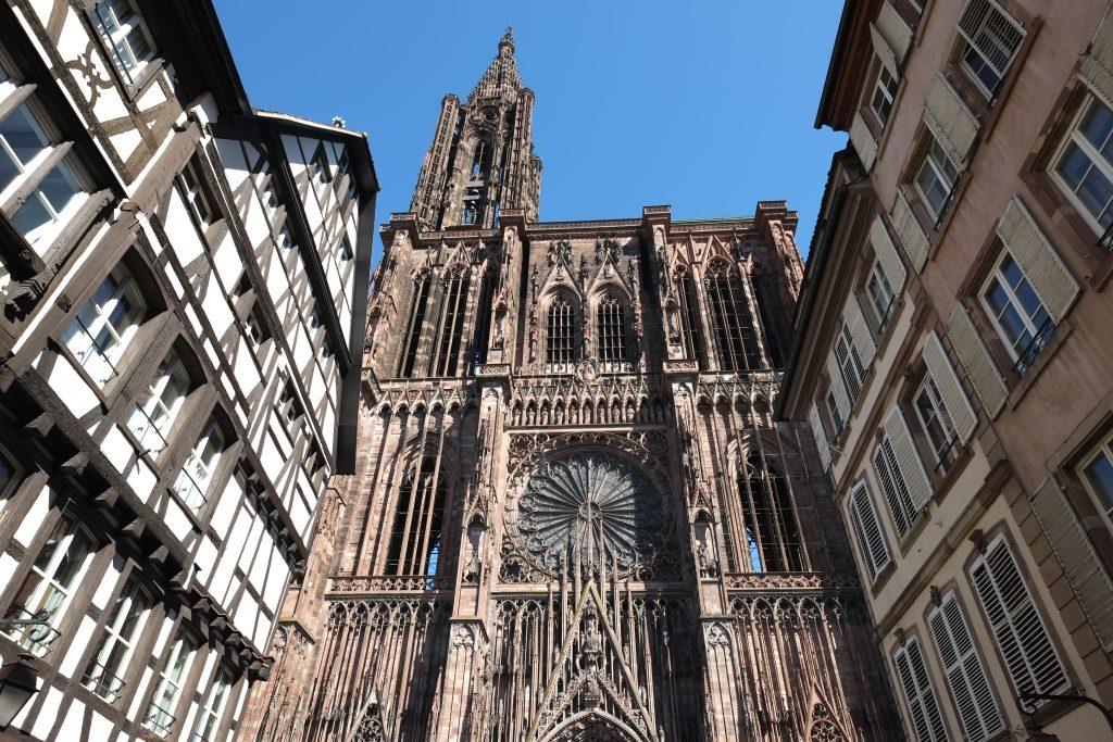 Vue imprenable sur la très belle cathédrale de Strasbourg