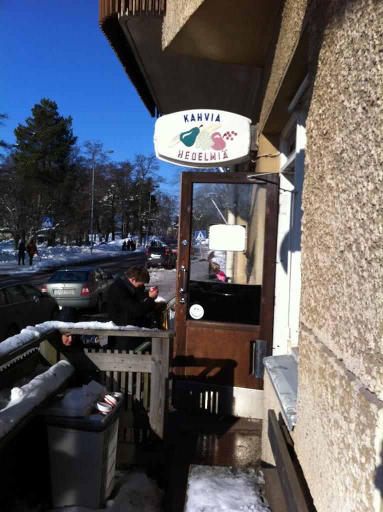 Kahvia, une épicerie qui sert des cafés