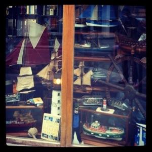Une boutique maritime à Paris